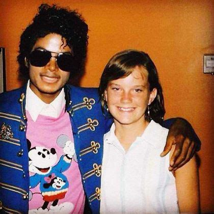 He always loved babies and all children of the world ღ @carlamartinsmj   Michael